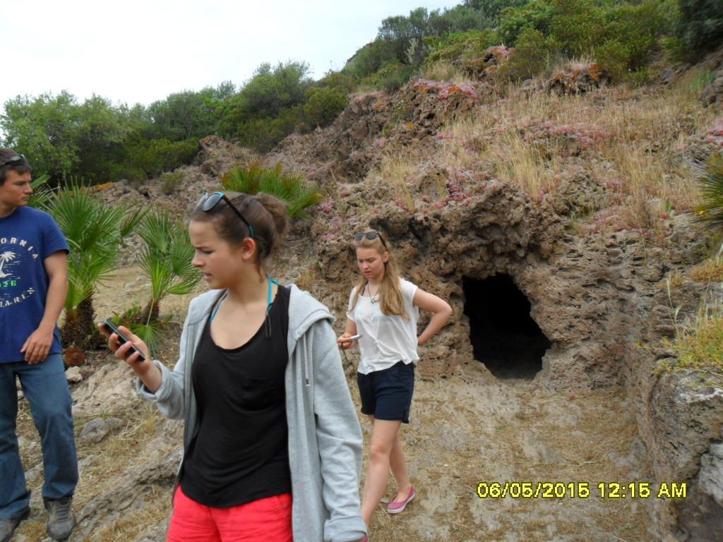 Sardynia - Grobowce Nuragi - zdjęcia, atrakcje