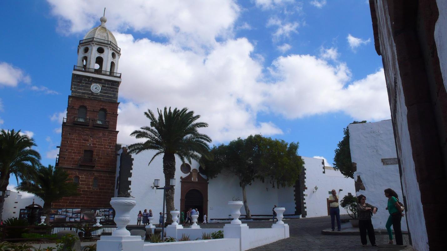 Lanzarote-Wyspy Kanaryjskie-zdjęcia,atrakcje turystyczne