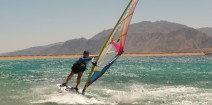 ZABAWY NA DESCE nauka windsurfingu szkolenia kursy wyjazdy - exercises on the board lessons courses travel